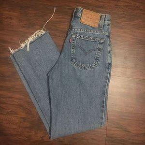Vintage Levi 512 Straight Fit Mom Jeans